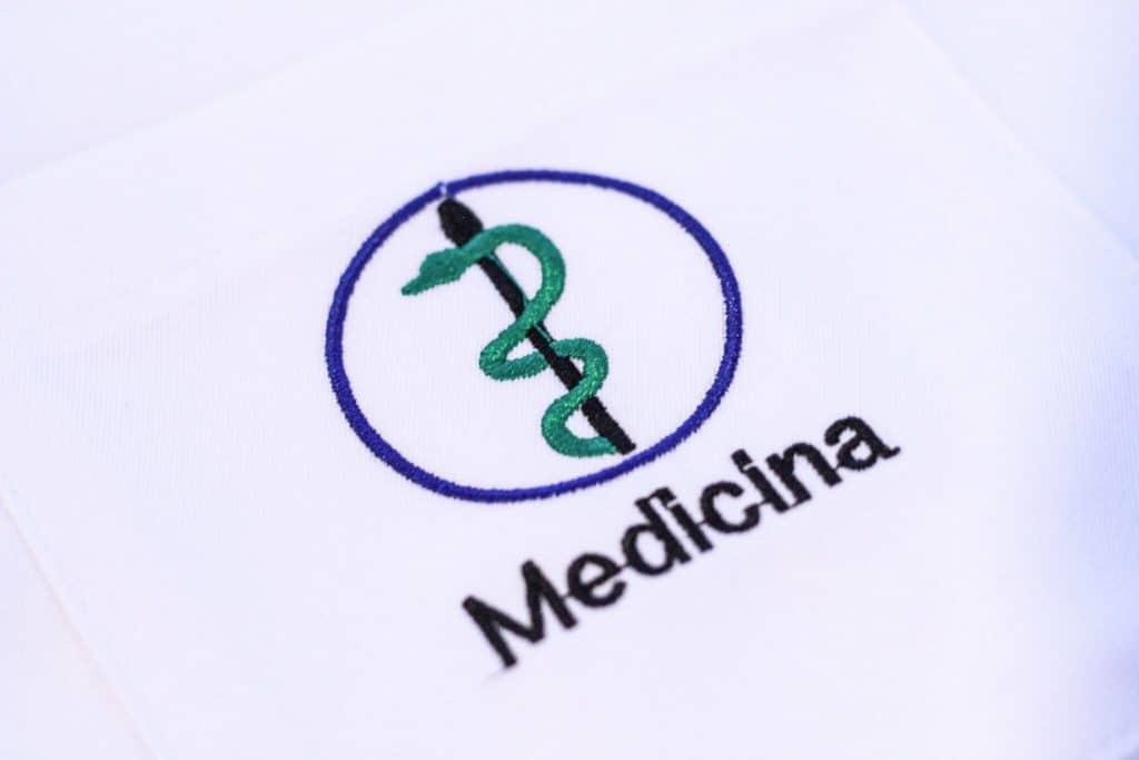 6bf6d184aeb Qual o símbolo da Medicina  Clique aqui e conheça a história